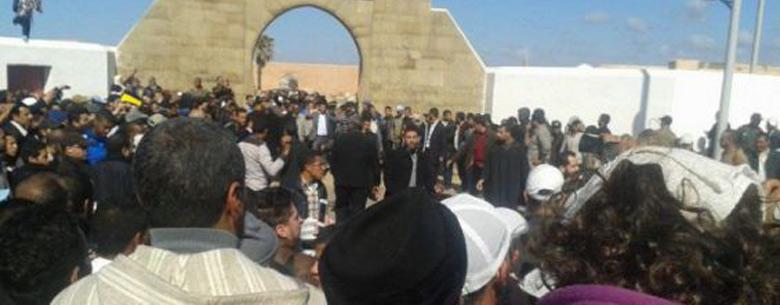 La dépouille de la défunte Khadija Al Malki a été inhumée jeudi au cimetière Laalou à Rabat.