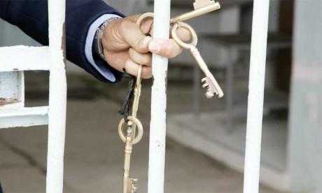Remise d'équipements et d'aides financières  à des ex-détenus
