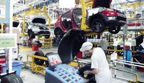 Le rythme de croissance de la valeur ajoutée industrielle a plus que doublé en huit ans