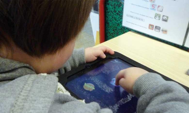 Internet peut représenter un véritable danger pour les enfants.