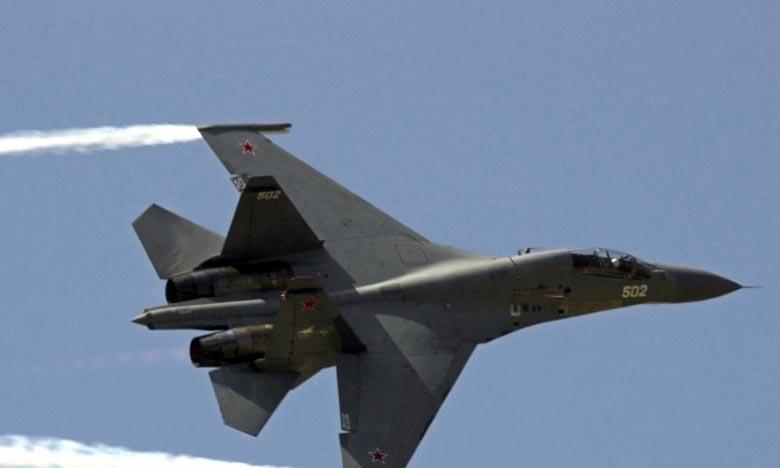 Un avion Sukhoi 30 semblable à ceux qui ont survolé le territoire turc. Ankara se dit «violée» par l'intrusion d'avions militaires russes dans son espace aérien. L'Otan s'inquiète d'incursions «extrêmement dangereuses». Ph : AFP