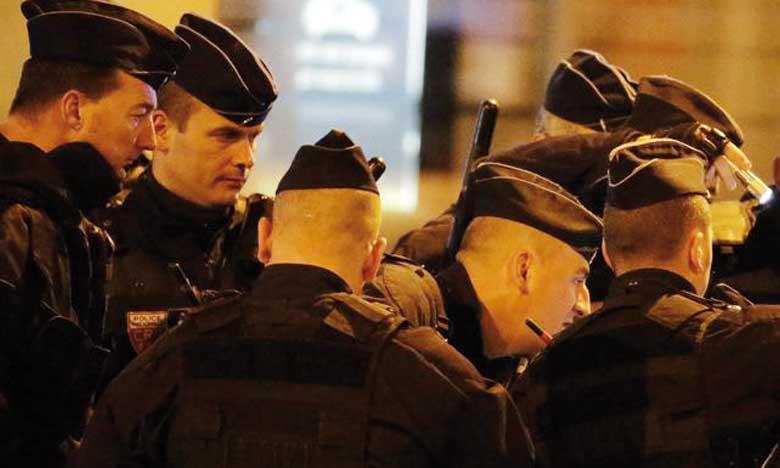 Les policiers de la sous-direction anti-terroriste ont mené une opération tôt dans la matinée de mercredi qui visait l'organisateur des attentats du 13 novembre à Paris. Ph. AFP