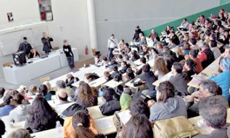 Le ministère lance cette initiative à travers laquelle il souhaite rapprocher la science de l'étudiant.