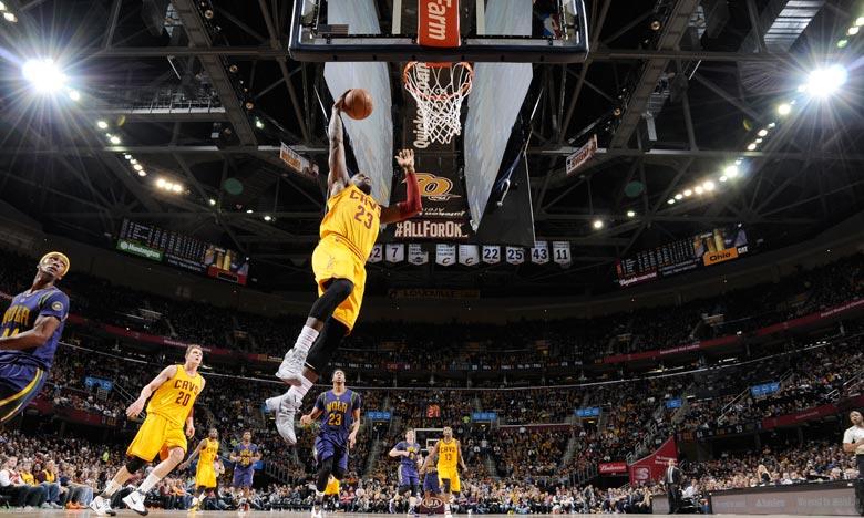 LeBron James a inscrit 27 points pour 8 passes décisives. Les Cavaliers de Cleveland sese reprennent avec une large victoire face aux New Orleans Pelicans Ph : AFP