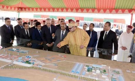 S.M. le Roi lance au site de Phosboucraâ de Laâyoune le projet de réalisation du complexe industriel intégré de production d'engrais