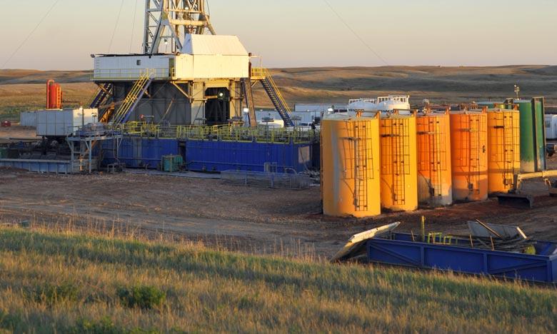 Les cours du pétrole ont terminé en baisse vendredi sur le marché new-yorkais Nymex en raison de prises de bénéfice apparues en fin de séance.Ph : AFP