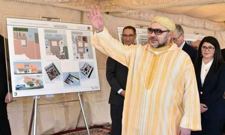 S.M. le Roi procède au lancement de plusieurs projets sociosportifs, éducatifs et de santé à Salé