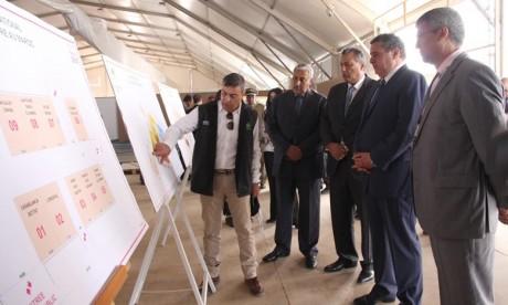 Le ministre de l'Agriculture et de la Pêche maritime, Aziz Akhannouch visite le chantier de l'aménagement du site devant abriter la 11e édition du SIAM. Ph : MAP