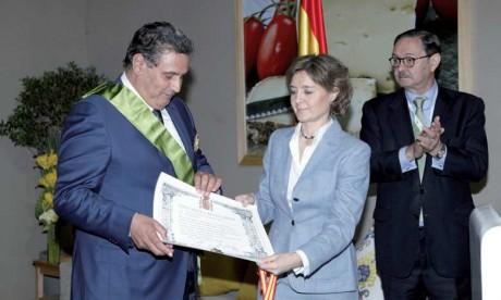 Aziz Akhannouch décoré de la Grand-Croix espagnole du mérite agricole, de la pêche  et de l'alimentaire