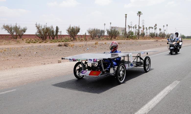 Le «Moroccan Solar Race Challenge», est une course de voitures solaires organisée par l'Institut de recherche en énergie solaire et énergies nouvelles (Iresen) sur un trajet de 75 kilomètres reliant Marrakech à Ben Guérir. Ph : moroccansolarrace.com
