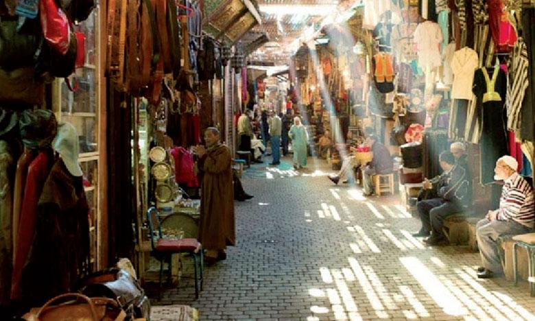Des visites guidées seront organisées dans les dédales des médinas de Fès et de Rabat.