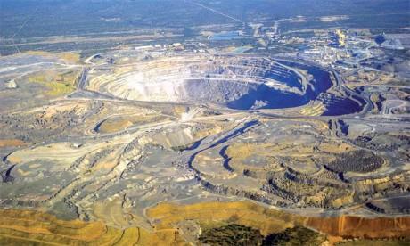 Au cours des dernières années, les prix du diamant ont beaucoup fluctué. Après la crise économique de 2008, les prix se sont ressaisis pour atteindre des sommets en 2011, puis ont chuté d'environ  20% jusqu'en 2015, avant de remonter doucement.Ph. A