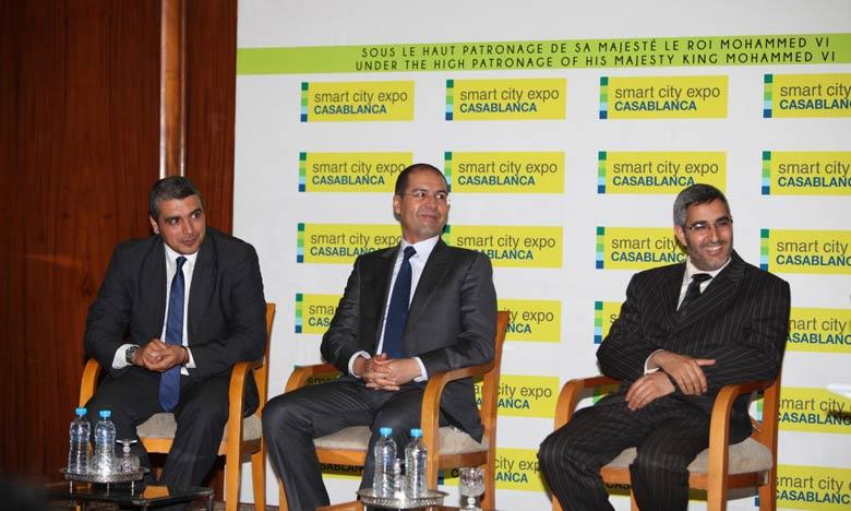 De gauche à droite,Mohamed Jouahri, Directeur de Casa Events et Animation, Khalid Safir, Wali du grand Casablanca et Abdelaziz El Omari, président du conseil de la commune urbaine de Casablanca.