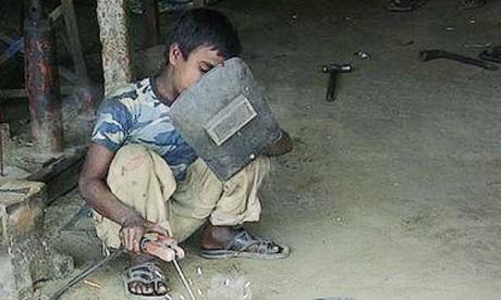 193.000 enfants exercent un travail dangereux