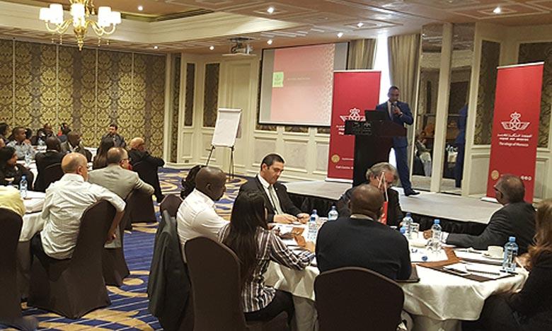 La délégation marocaine et les représentants de la compagnie aérienne nationale, Royal Air Maroc, ont saisi l'occasion pour mettre en exergue les différents atouts touristiques du pays. Ph : MAP