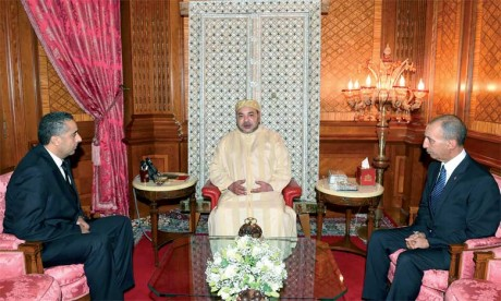 15 mai 2015 : S.M. le Roi reçoit, à Casablanca, Abdellatif Hammouchi, que le Souverain a nommé directeur général de la sûreté nationale, tout en conservant son poste à la tête de la Direction générale de la surveillance du territoire.