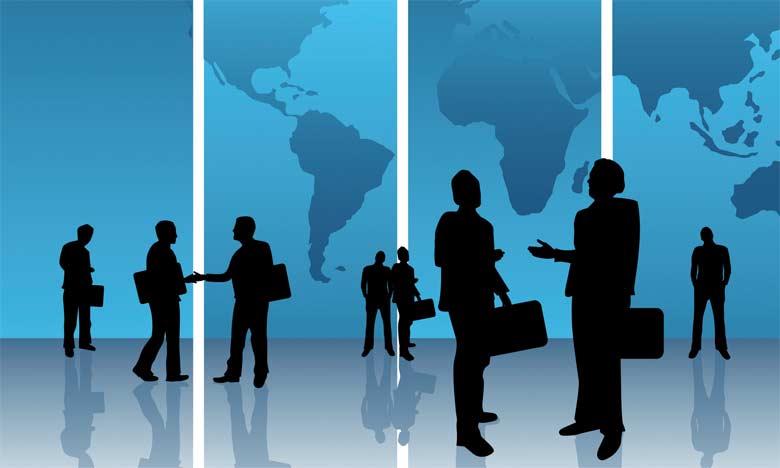 Pour survivre dans cette nouvelle configuration des relations économiques internationales, il faut agir sur deux leviers : renforcer son économie et étendre au maximum la base de ses alliés.