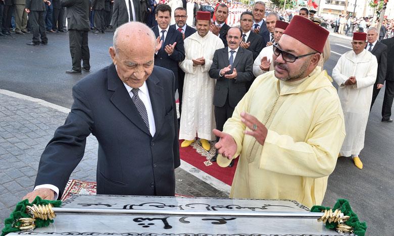 """Le Matin - SM le Roi inaugure l'avenue """"Abderrahmane Youssoufi"""" à ..."""