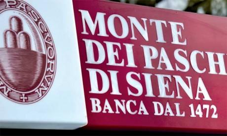 La Banca Monte dei Paschi di Siena a tenté d'apaiser les esprits avec l'annonce de la cession d'un stock de 9,2 milliards d'euros de ces créances suivie d'une augmentation de capital de 5 milliards d'euros.