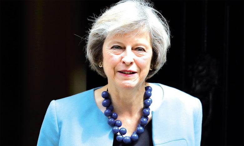 Le gouvernement de la Première ministre Theresa May tente d'équilibrer les finances publiques et d'apaiser une opinion publique remontée sur l'évasion fiscale.