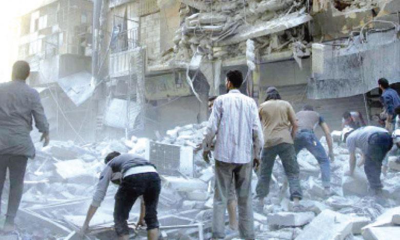 Depuis plusieurs jours, la ville d'Alep en Syrie est intensément bombardée par l'armée syrienne qui a d'ailleurs repris un quartier aux rebelles mardi 27 septembre.