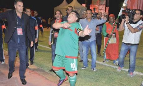 Maradona et les stars mondiales  de retour à Laâyoune