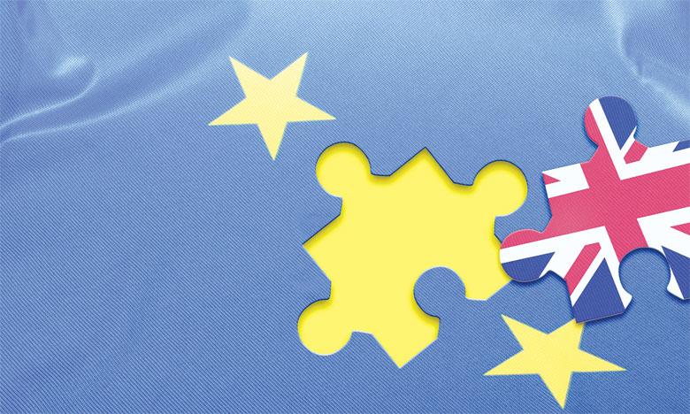 Pour Bruxelles, il n'est pas question de négocier avec les Britanniques tant qu'ils n'auront pas activé la «clause de retrait» (l'article 50 du traité de Lisbonne de 2009), encore jamais utilisée, qui régit la séparation d'un pays avec l'UE.