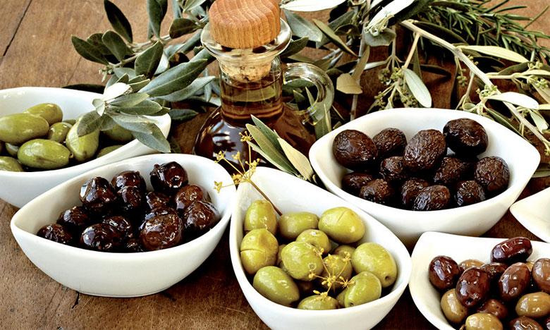 La filière oléicole dans la région de Marrakech-Safi contribue à hauteur de 60% aux  exportations nationales de conserves d'olives et de 10% aux exportations d'huile d'olive.