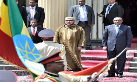 Cérémonie d'accueil officielle de S.M. le Roi à Addis-Abeba