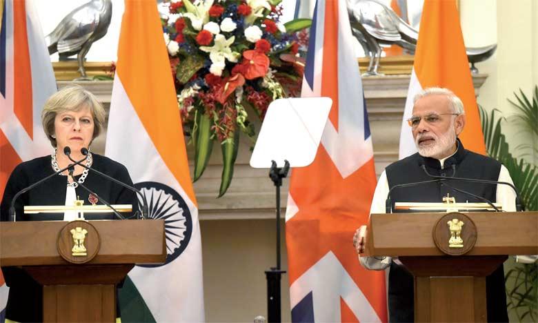 Le Premier ministre Narendra Modi et la Première ministre britannique Theresa May à New Delhi, le 7 novembre 2016. Ph. AFP