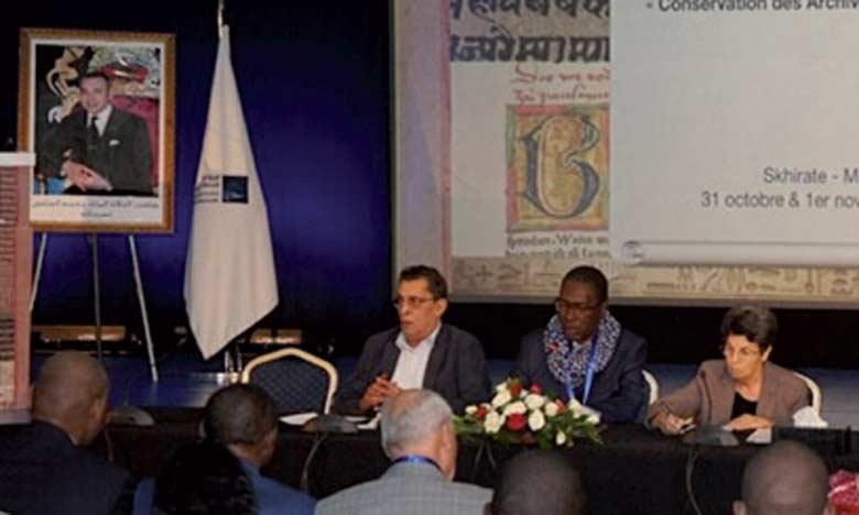 plus de 120 participants et participantes, dont la majorité venait d'Europe et d'Afrique, représentant 45 instances de régulation, des organisations internationales.