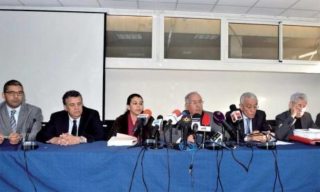 Un collectif d'avocats soutient les familles  des victimes pour éviter la politisation du procès