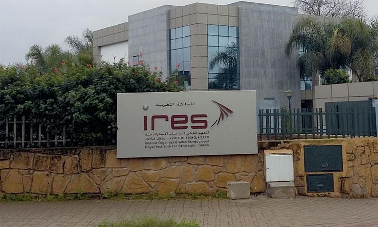 Ce rapport, fait pour le compte de l'IRES, a été chapeauté par Ouafaa Ghannam, professeur de l'enseignement supérieur, et Azzedine Ghoufrane, professeur à l'Université Mohammed V de Rabat.