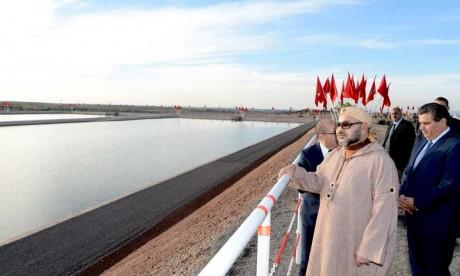 Sa Majesté le Roi lance dans la commune Saâda à Marrakech la mise en service d'un système d'irrigation goutte-à-goutte sur 500 ha au niveau du secteur N1-2 du périmètre N'Fis