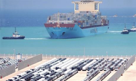 Les importations s'envolent, le déficit se creuse