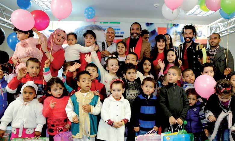 Cent enfants ont profité d'ateliers ludiques animés par des experts dans le but d'éval,er et de faire  la démonstration de l'impact de cette intervention sur leur quotidien.