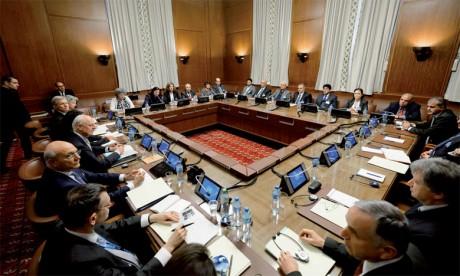 L'ONU consulte les représentants du régime et de l'opposition avant la reprise des pourparlers de Genève