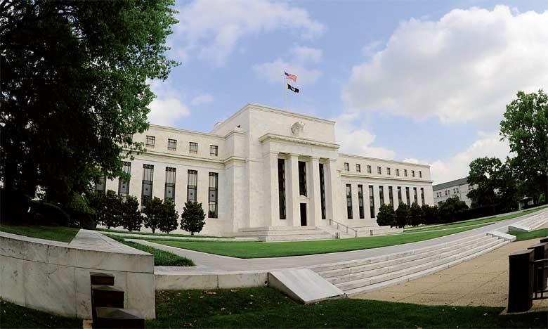 Fait nouveau pour cette première réunion monétaire depuis l'investiture de Donald Trump, la Banque centrale met en avant une amélioration du moral des consommateurs et des entreprises, dans un communiqué par ailleurs quasi similaire à celui de décemb