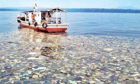 Les océans de plus  en plus pollués