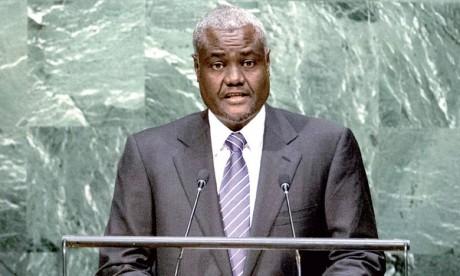 Le Tchadien Moussa Faki Mahamat  élu président