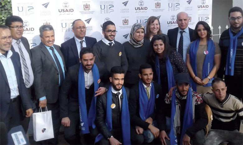 Le Career Center de l'Université Hassan II de Casablanca, troisième du genre au niveau de l'enseignement supérieur, a pour objectif d'aider les jeunes  dans leur transition de la formation vers l'emploi.