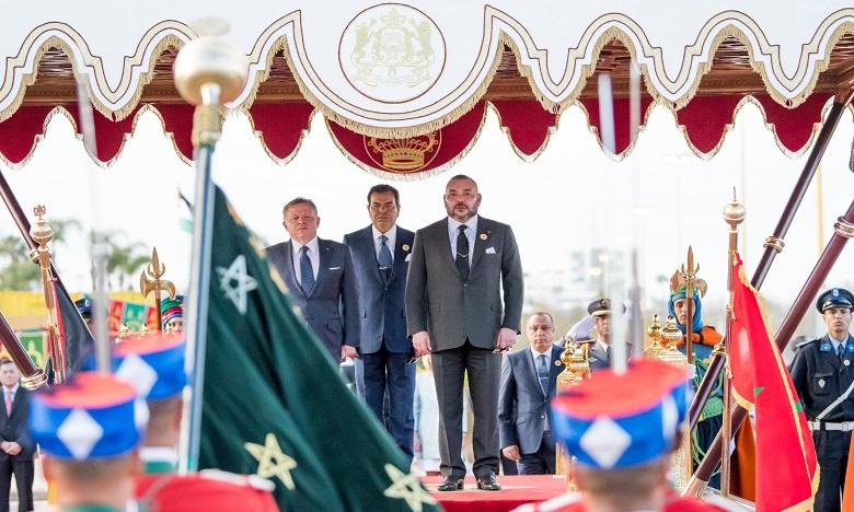 Sa Majesté le Roi Mohammed VI préside, sur la place du Mechouar au Palais Royal de Rabat, la cérémonie d'accueil officiel du Souverain du Royaume Hachémite de Jordanie