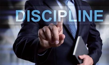 La discipline est l'art de la concentration dans un environnement «bruyant» en permanence.