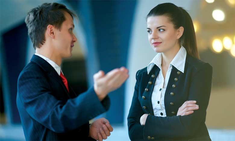 Le manager doit veiller à coacher la personne et lui donner la formation nécessaire pour atteindre le défi fixé sans pour autant la critiquer et toucher ainsi à son identité.