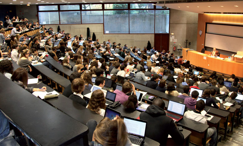 Les universités espagnoles font du «recrutement» dans la métropole