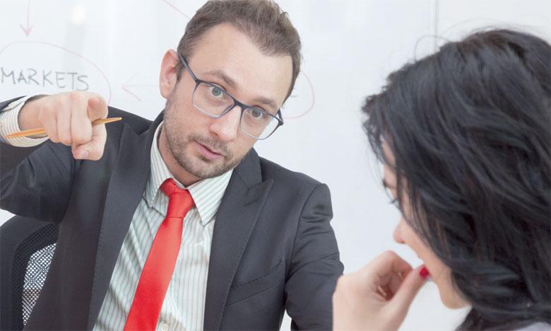 Il est important de reconnaitre ce type de manager et surtout d'apprendre à gérer la situation au quotidien.
