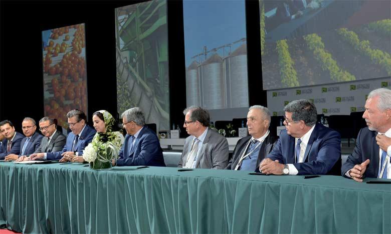 En suscitant un écosystème agricole et agro-industriel compétitif, l'État accompagne l'agriculture  nationale dans son développement et l'aide à franchir un nouveau palier.  Ph. Saouri