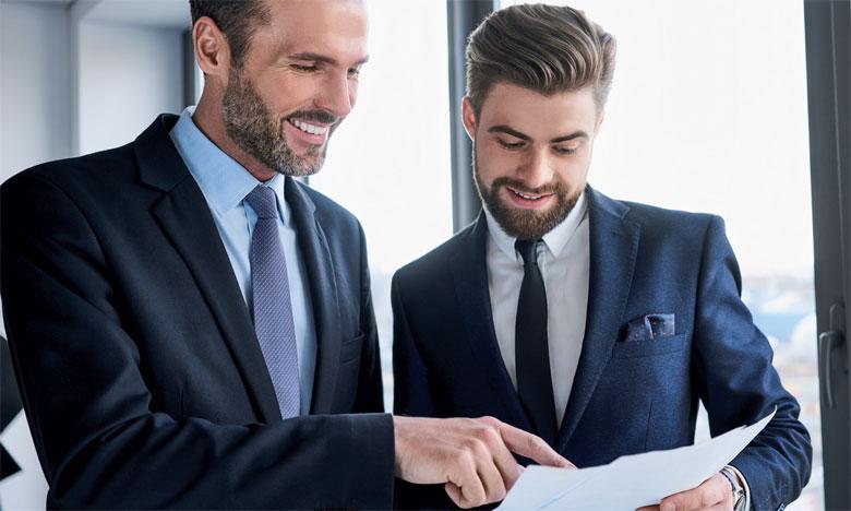 Le recours à un coach professionnel est recommandé dans cette démarche. Au besoin, celui-ci peut aider le manager à améliorer ses capacités de leadership.