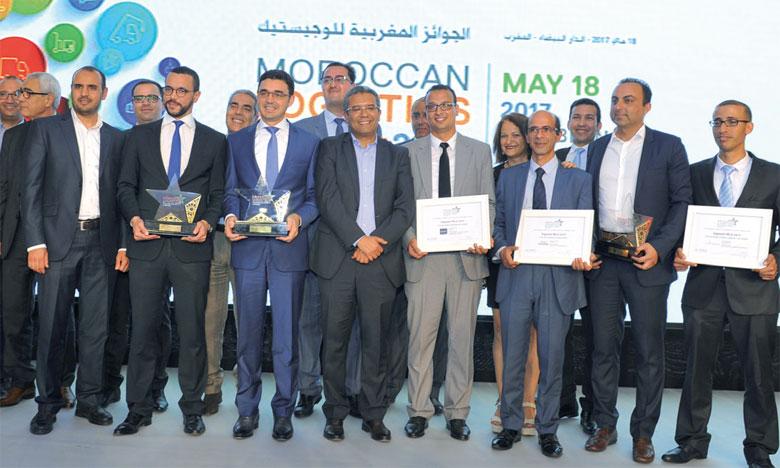 Photo souvenir des lauréats des Moroccan Logistics Awards 2017.