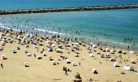 Le centre d'information de l'ONU lance une campagne de sensibilisation à la plage de Rabat